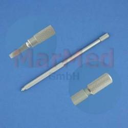Držák mikrochirurgických skalpelových čepelek, Aesculap BB046R, délka cca 13,5 cm, prvotřídní kvalita